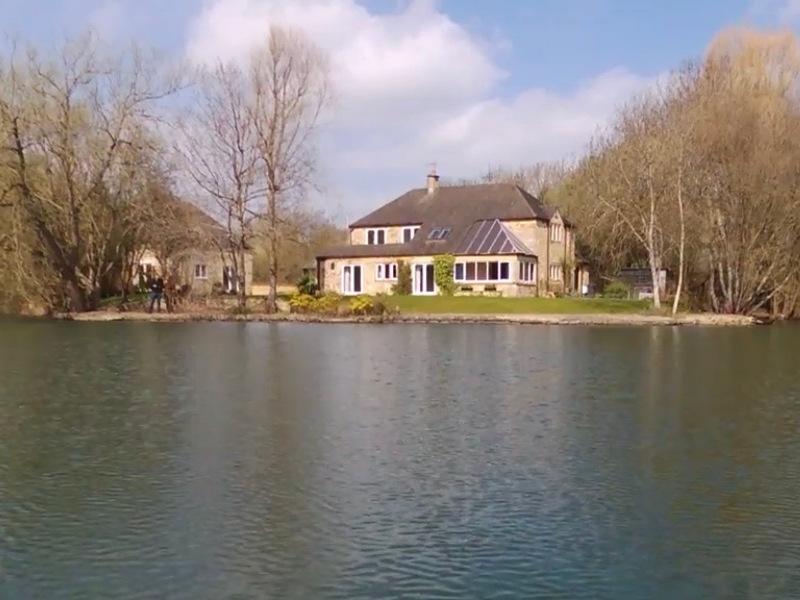 Willow House - sleeps 12